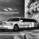 Front-/Seiten-Ansicht der Stretchlimousine vom Chauffeurservice Dortmund